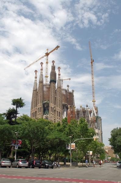 Как сэкономить на поездке в Испанию Отдых